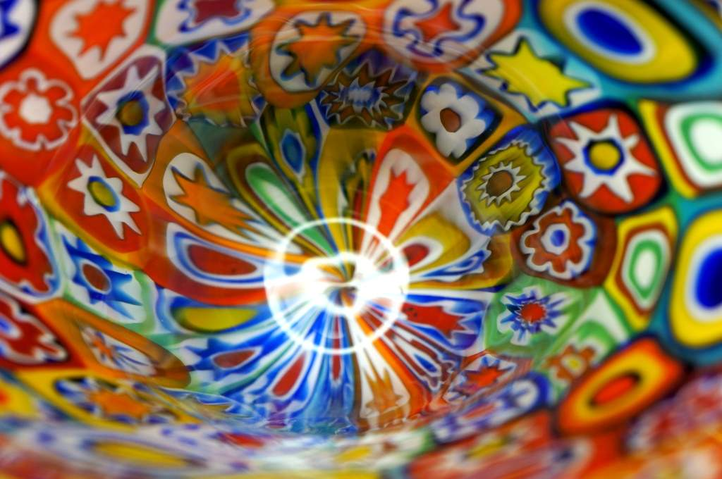 DISCOVER THE WORLD OF MURANO GLASS